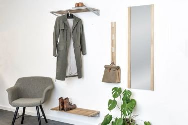 Vertical KNAX 4 bag or coat rack in Soaped Oak wood