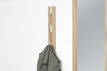 Vertical bag rack in oak wood for hall way